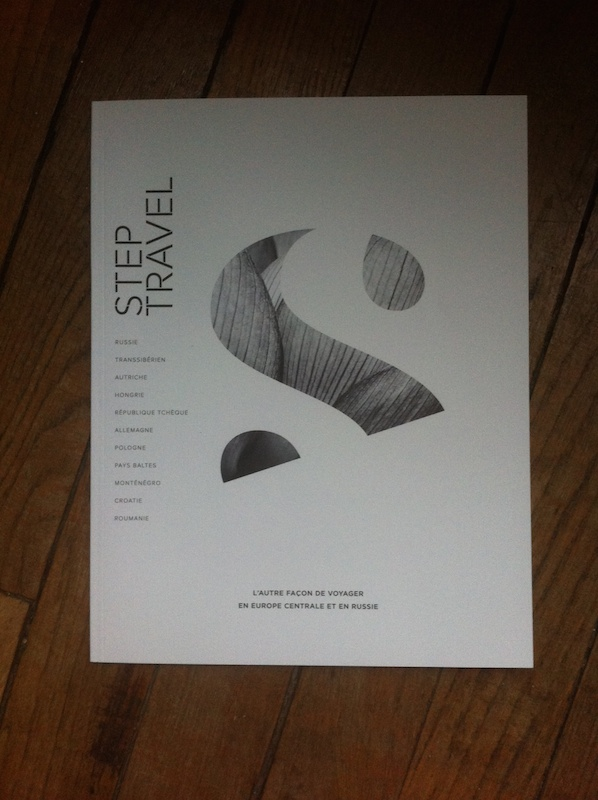 La brochure de Step Travel, élégante et sobre, propose une dizaine de destinations. DR-LAC