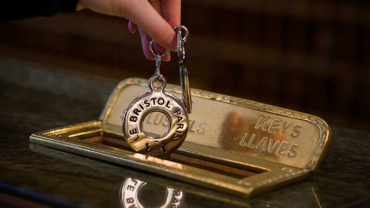 Paris : l'Hotel Bristol, 90 ans d'excellence et de savoir-faire