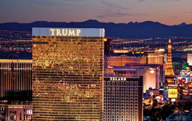 Les salariés du Trump Hotel de Las Vegas seraient payés 3 dollars de moins de l'heure que leurs homologues des autres établissements - Photo : Trump Hotel