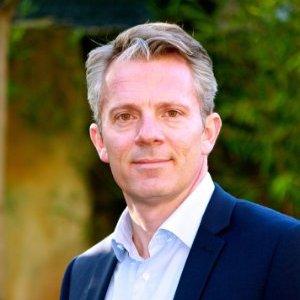 Vincent Lhoste quitte Reed Exhibitions pour Axa Travel Insurance