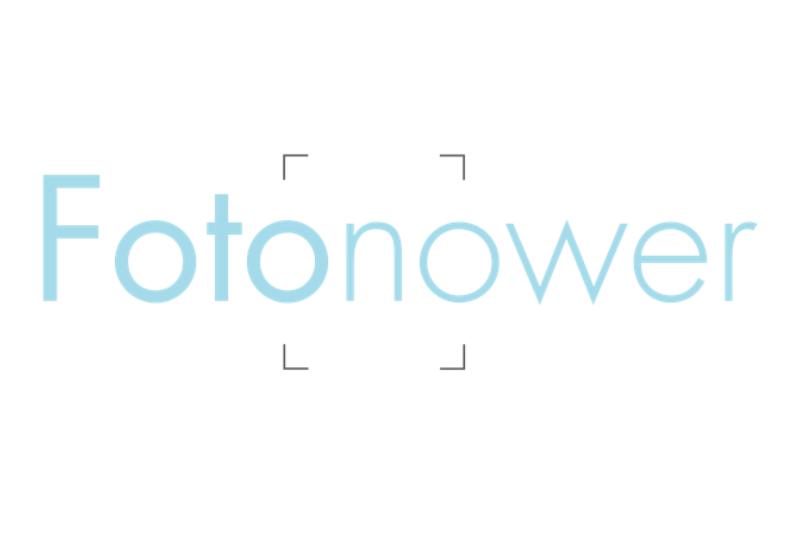 la start-up cible le marché C2B en développant des technologies de recherche, de classification et de reconnaissance de photos et vidéos générées grâce au crowd sourcing (c) logo Fotonower