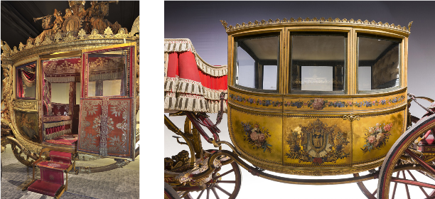 On the left: the Consecration Coach of Charles X 1825 On the right: the wedding car of Napoleon I © Château de Versailles, C. Fouin