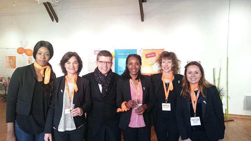 Luc Carvounas, Sénateur-Maire d'Alfortville, entouré de l'équipe de Liberté Voyages - DR : Sophie Marlet