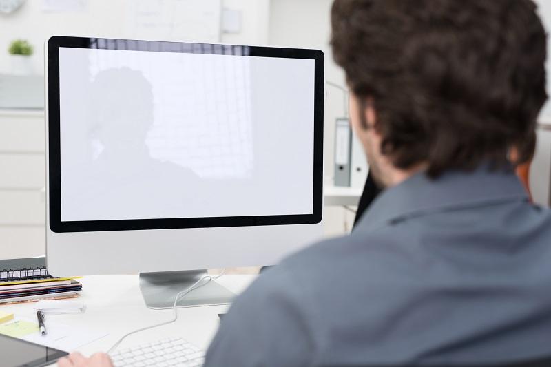 Le Sourcing Manager gère un important portefeuille de clients, de fournisseurs, de partenaires, jongle avec les données et les contacts, les traite et les analyse - © contrastwerkstatt - Fotolia.com