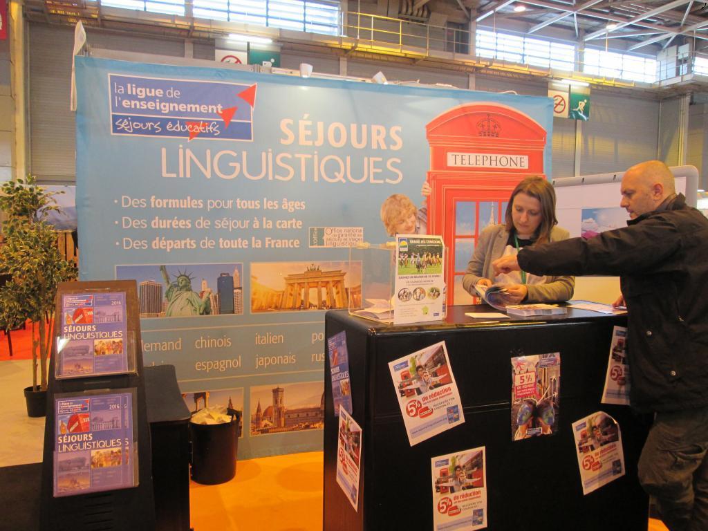 Près de 20 000 jeunes choisissent les Séjours Linguistiques de la Ligue de l'Enseignement pour leurs voyages et séjours linguistiques. MS;