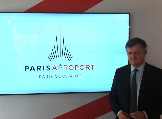 Augustin de Romanet, PDG de Paris Aéroport, présente à la presse ses deux nouvelles marques Paris Aéroport et Groupe ADP - Photo LAC