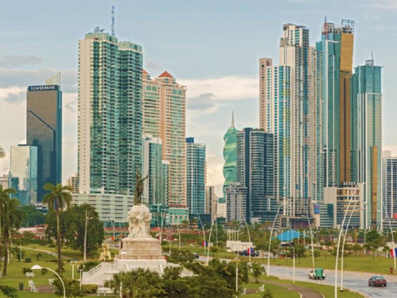 """""""Les médias sont en train de montrer des belles images du pays au-delà du canal et des gratte-ciels de Panama Ciudad"""" - Photo : Marcus - Fotolia.com"""