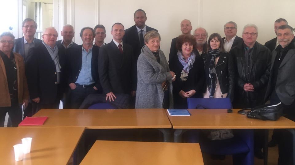 Pierre Doucet au centre de la photo, à l'occasion de l'élection - DR