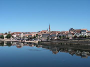 France: retro excursion with vintage bicycles to explore Dordogne