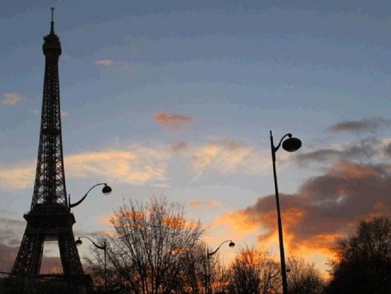 Les touristes vont-ils continuer à venir à Paris - Photo : J.D.L.