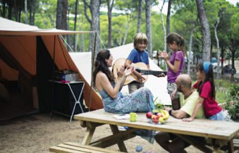 Pour la majorité des campeurs, les vacances se font en famille - Photo : Camping Qualité