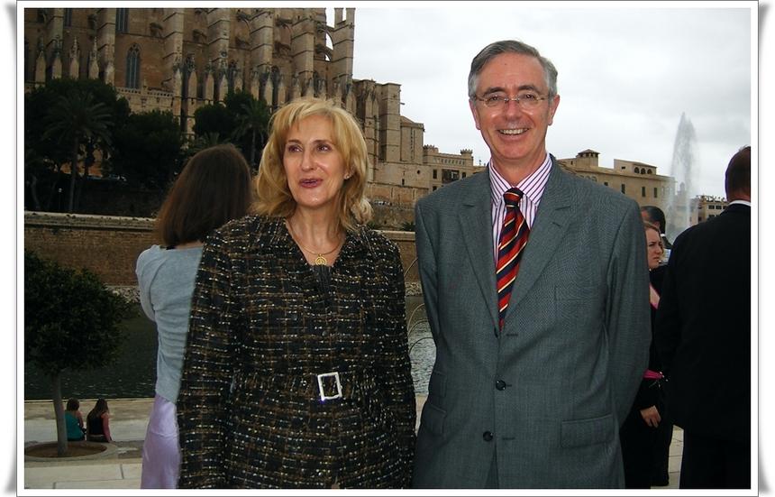 Jaime Axel Ruiz, directeur de l'Office Espagnol du Tourisme à Paris et Maîté de la Torre, directrice adjointe.