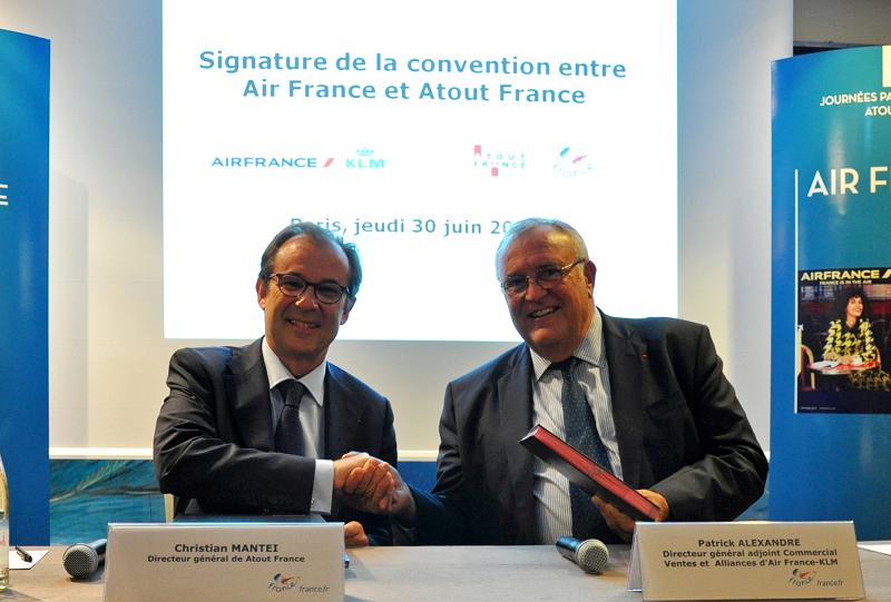 Mantei, Directeur général de Atout France, et Patrick Alexandre, Directeur Général Commercial, Ventes et Alliances Air France-KLM - Photo DR