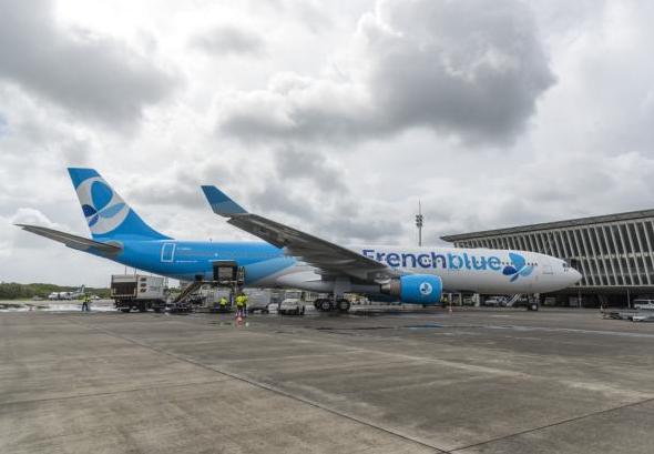 L'appareil de French Blue sur l'aéroport de Guadeloupe Pôle Caraïbes - DR