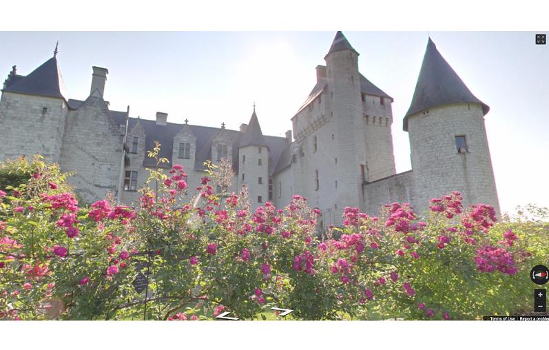La vallée de la Loire reçoit chaque année des centaines de milliers de visiteurs. Et grâce au numérique, le nombre pourrait exploser ! (c) Château de Chambord Institut Culturel de Google