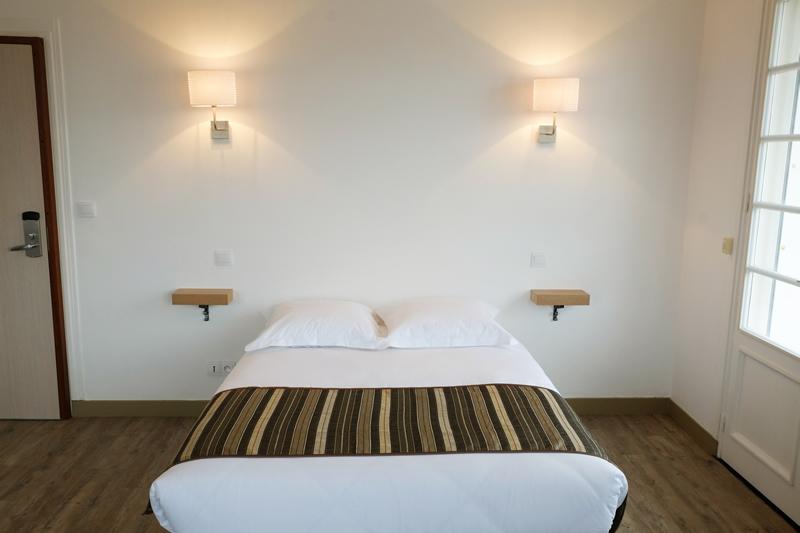 Une des chambres de l'hôtel Korner Océan-Capbreton - DR