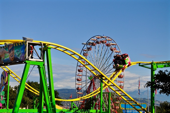 Les parcs d'attractions font leur show à Barcelone et PortAventura World du 18 au 22 septembre 2016 - Photo : hachri-Fotolia.com