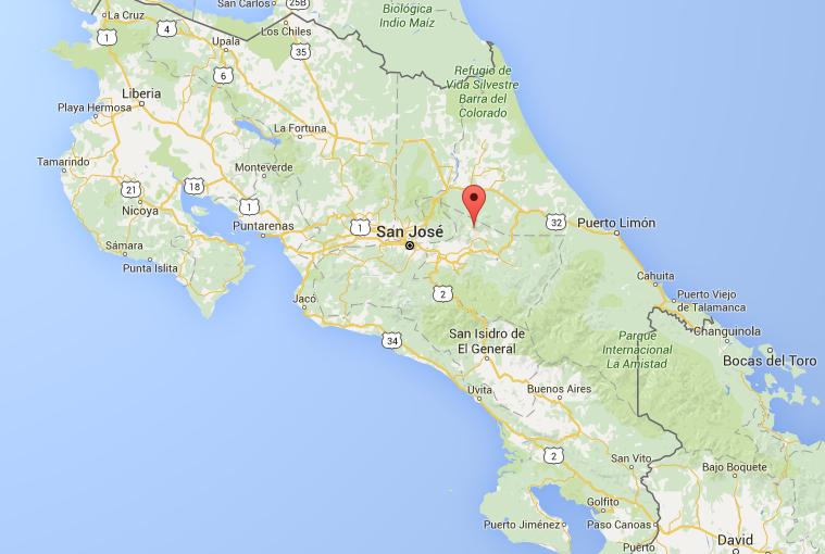 Le Volcan Turrialba au Costa Rica connait depuis le 30 avril de régulières éruptions de gaz et de cendres - DR