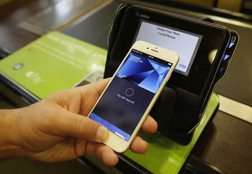 Apple Pay, le service qui permet de payer sans contact depuis un iPhone (c) FB Apple PAY