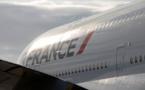La Case de l'Oncle Dom : aie confiance, crois en moi... (air connu chez Air France)