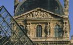 Paris : le musée du Louvre fermé après une attaque terroriste