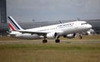 """Projet Boost : les PNC d'Air France """"au bord du gouffre"""""""