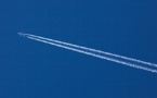 Réchauffement climatique : faut-il enfin taxer le kérosène des avions ?