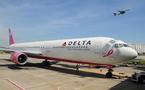 """L'avion """"rose"""" de Delta Airlines est à Nice"""