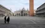 """Coronavirus : comment les professionnels du tourisme italien survivent-ils """"dans un pays en guerre"""" ?"""