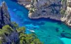 II. Calanques, petites criques, plages et ports : le Grand Sud,côté Grande Bleue