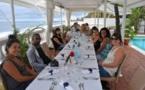 « Force 20 » à La Réunion : le volcan plus fort que la plage pour les vendeurs de Manor