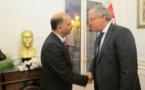Tunisie : foule à l'Ambassade à Paris pour dire « on est là »