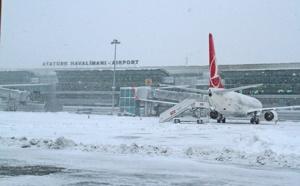 Turquie : la neige perturbe le trafic aérien à Istanbul