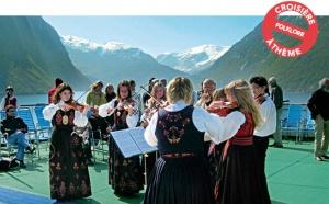 Hurtigruten programmera 4 croisières à thème en 2009