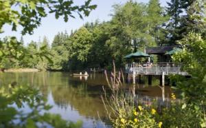 France : Huttopia lance deux villages vacances forestiers !