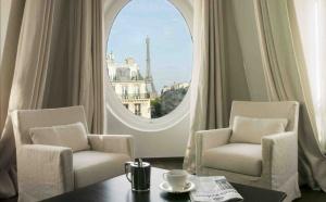 Radisson Blu Le Metropolitan : un boutique-hôtel avec vue Tour Eiffel