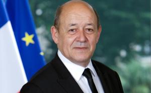 La case de l'Oncle Dom : Super Le Drian, le ministre au(x) portefeuille(s) bien garni(s) !