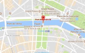 Paris : un bus de tourisme s'encastre sous le pont Alexandre III