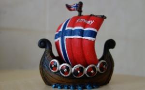 La case de l'Oncle Dom : quand Air France n'est pas là, les Vikings dansent !