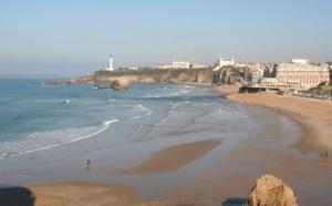 Biarritz, la mer à dos
