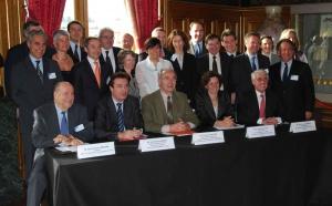 Congrès à Paris : 15 groupes hôteliers signent la Charte d'accueil