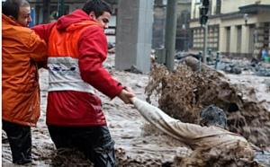 Portugal : l'île de Madère ravagée par des torrents de boue