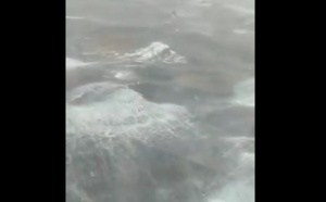 Le Norwegian Breakaway pris dans la tempête