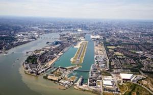 Aéroport de Londres-Cirty fermé en raison d'une bombe de 1940