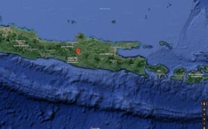 Indonésie : attentats contre des églises sur l'île de Java
