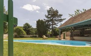 Gîtes de France se rapproche de Clévacances pour concurrencer Airbnb