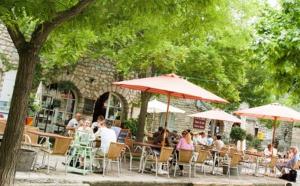 Drôme : La Garde-Adhémar, belvédère médiéval