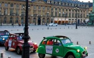 Visites en 2 CV : 4 roues sous 1 parapluie arrive à Bordeaux