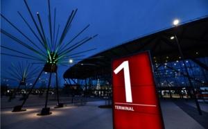 L'aéroport de Lyon s'illumine en hommage à la Fête des Lumières