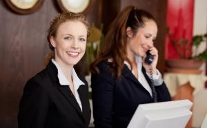 Welcomer, le métier de réceptionniste réinventé